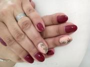 nail_w_324